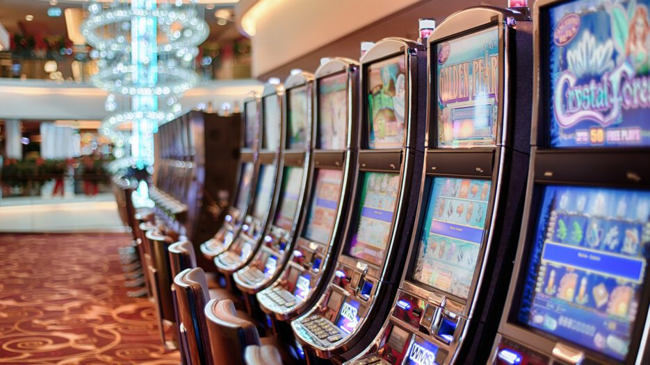Top 5 Reasons Why Playing Online Casino is Exciting